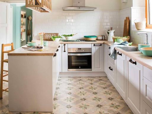Cocina con península, una opción para espacios pequeños y no tanto