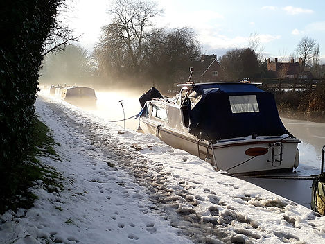 Boat on the Kennet and Avon Canal in winter