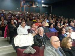 הקהל באולם נהנה בהופעה