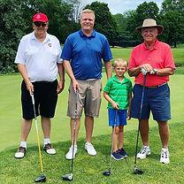 family golf pic 01.jpg
