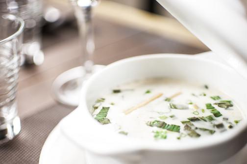 11. Soupe de poulet et crème de coco