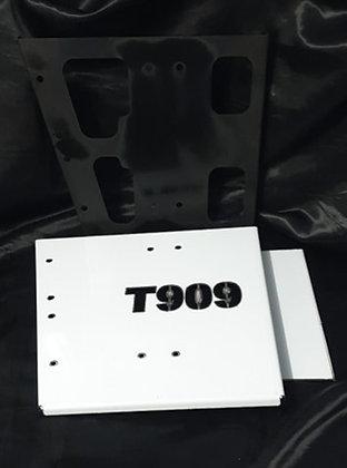 Kenworth T909 Steer Infill Panels (Passenger Side)