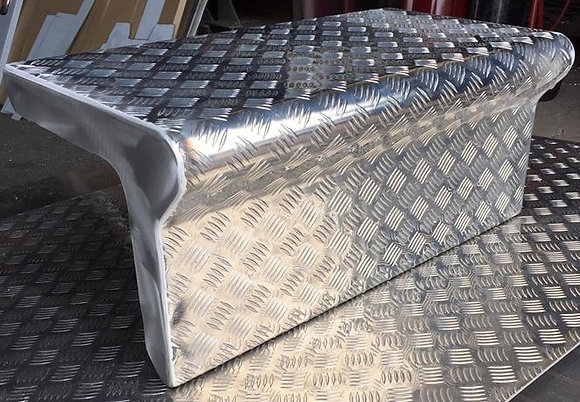 Kenworth Alloy Checker Plate Step Toolbox Cover