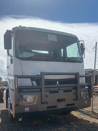 Fuso 74 Shogun 4 Post Bullbar - Powder Cated