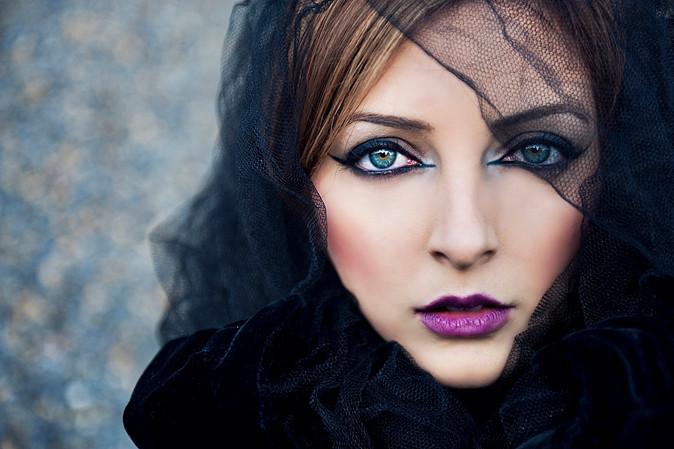 blue_green_eyes_no_2_by_begoooo_d32e5bg.