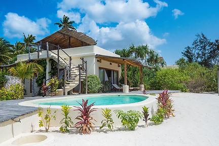 One bedroom villa - garden.jpg
