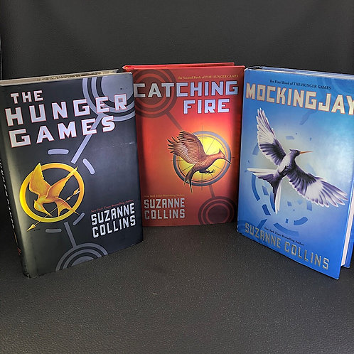 3 BOOKS: HUNGER GAMES TRILOGY BY SUZANNE COLLINS