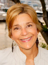 Susan Fee is a licensed therapist in Redmond, WA