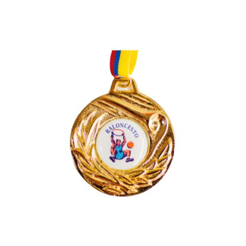 M28. Medalla con baño de oro