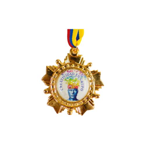 M27. Medalla con baño de oro