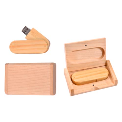 039. USB madera con estuche grabada