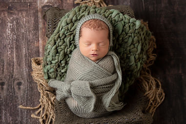 Newborn Portrait by Oklahoma City Family Photographer