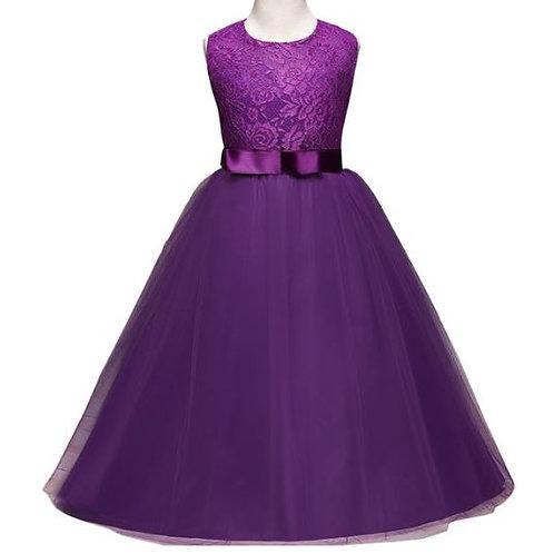Fialové dievčenské šaty