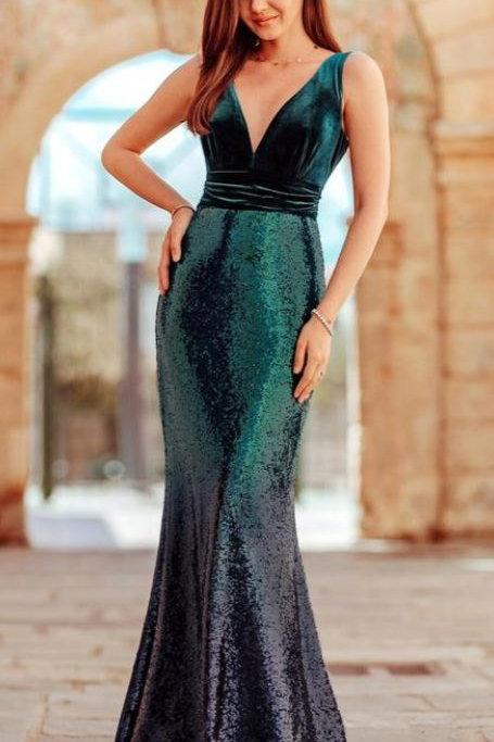 Smaragdovo zelené sexi šaty 7767