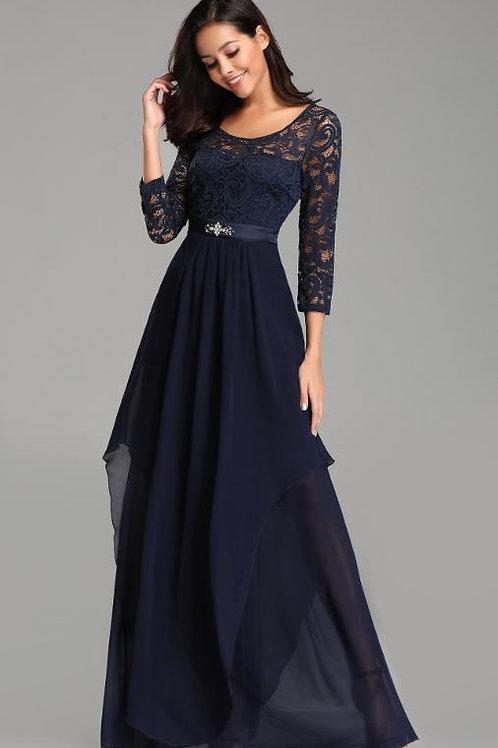 Tmavo modré krajkové šaty 7716 SKLADOM