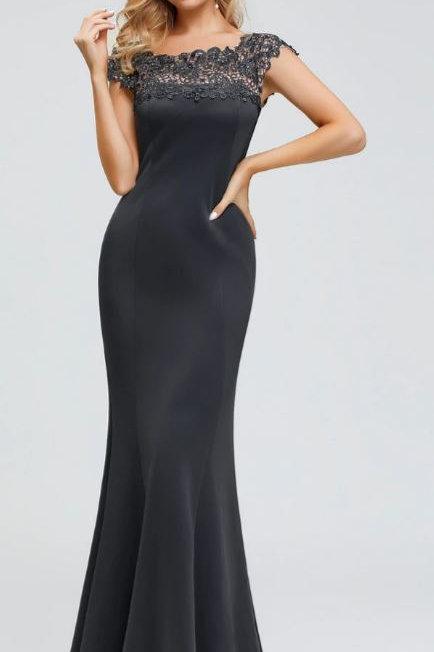 Tmavo sivé spoločenské šaty 0879