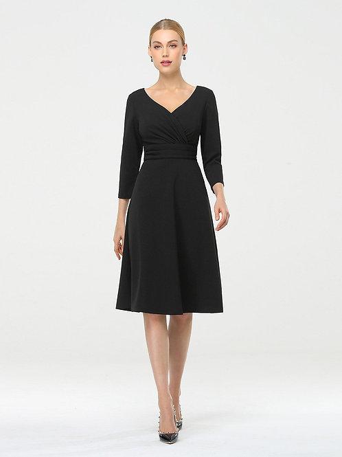 Čierne šaty s rukávom