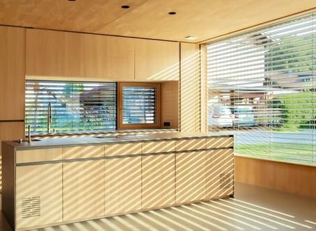 Studie belegt: Räume im Sommer um bis zu 9°C kühler dank intelligenter Beschattung