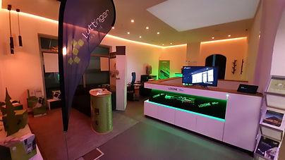 Showroom Luttinger 2.jpg