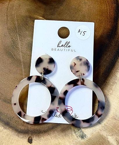 Ivory Tortoiseshell Resin Circle Earrings