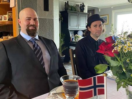 Gratulerer med dagen.  Happy Constituion Day  Norway !
