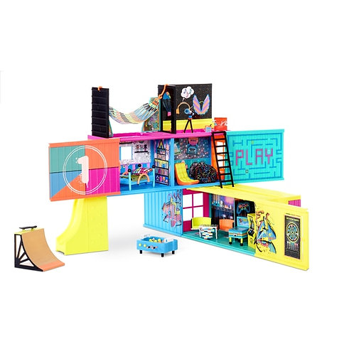 L.O.L. LOL Surprise! Clubhouse Playset with 40+ Surprises and 2 Exclusives Dolls
