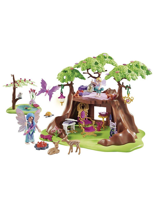 Front view treehouse
