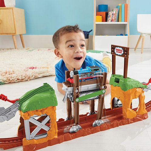 Fisher Price Thomas &and Friends TrackMaster Walking Bridge Playset Motorized Train
