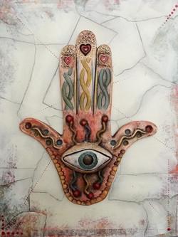 Fatima Hand2 - 01