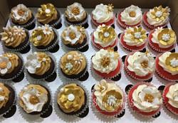 Floral (mini cupcakes)
