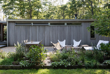 design-outdoor-room-level-ground-shelter