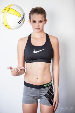 Hannah_VolleyBall_websaved.jpg