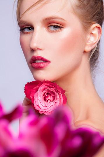 Alyena_FlowerLooking_web.jpg