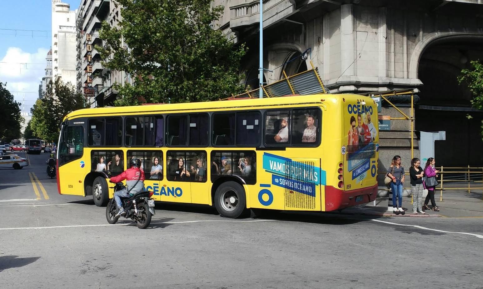 Vía Pública bus Océano