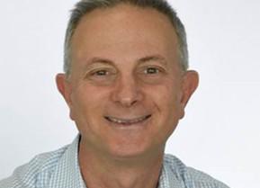 Meet the Maker: Thibaut Mortier, Founder and Managing Director of Maxiblock Sunscreen Australia.