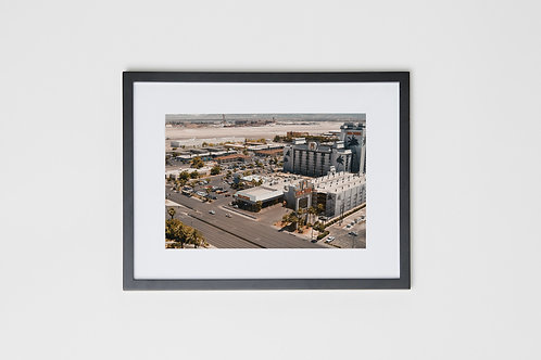 "Hooters Las Vegas Nevada 12""x16"" Photo & Frame"