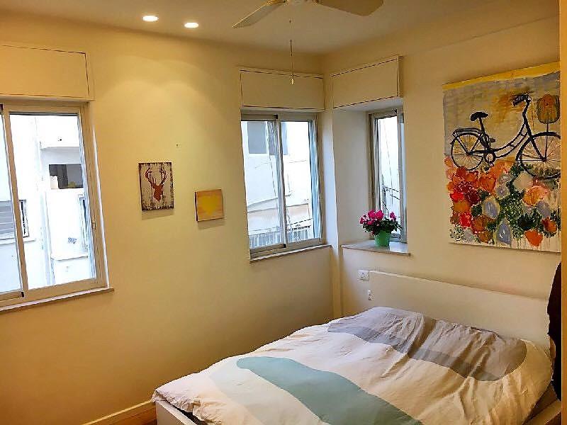 שלושה חדרים להשכרה ברחוב שלומציון בתל אביב