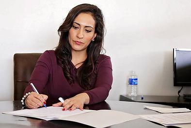 שידרוג וכתיבת קורות חיים לחיפוש עבודה לתפקידים בכירים בענף הקימעונאי