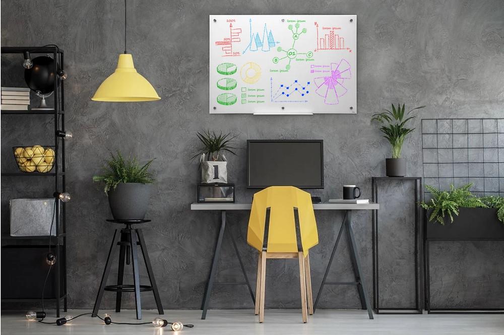 לוח מחיק מעוצב מזכוכית מתאים לעבודה מהבית או למשרד