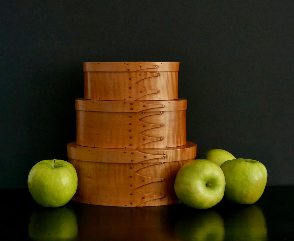 Shaker Boxes and Apples