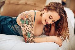 Katharine Boudoir_24.jpg