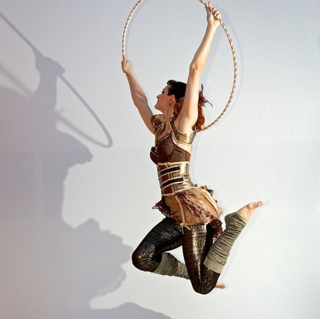 Lisa Looping jumping with Hula hoop