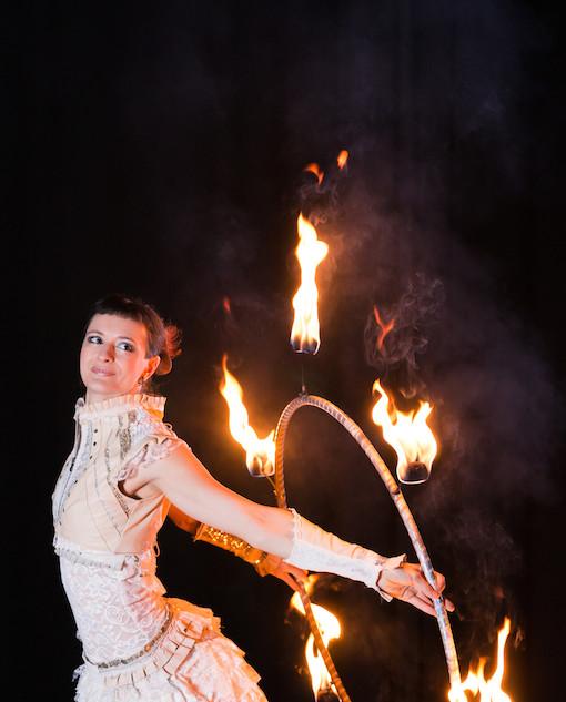 Fire Hula Hoop Performance by Lisa Looping