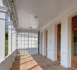 Belmont Hse screened balcony AFTER