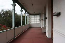 Belmont Hse screened balcony BEFORE