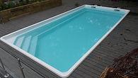 1 piece fiberglass pool