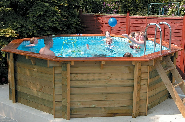 WOODEN POOL