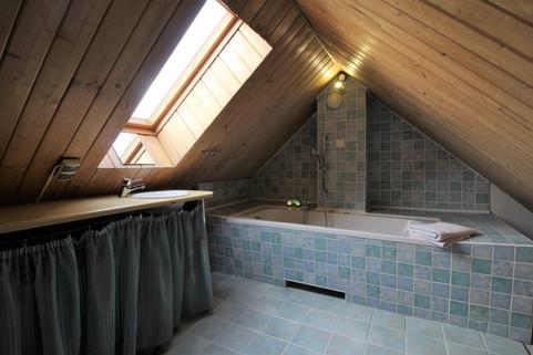 łazienka na antresoli