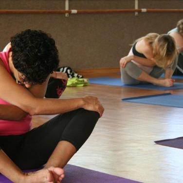 יוגה, שיעור יוגה, יוגה ראשון לציון, מרגיע, תרגול, תנוחות
