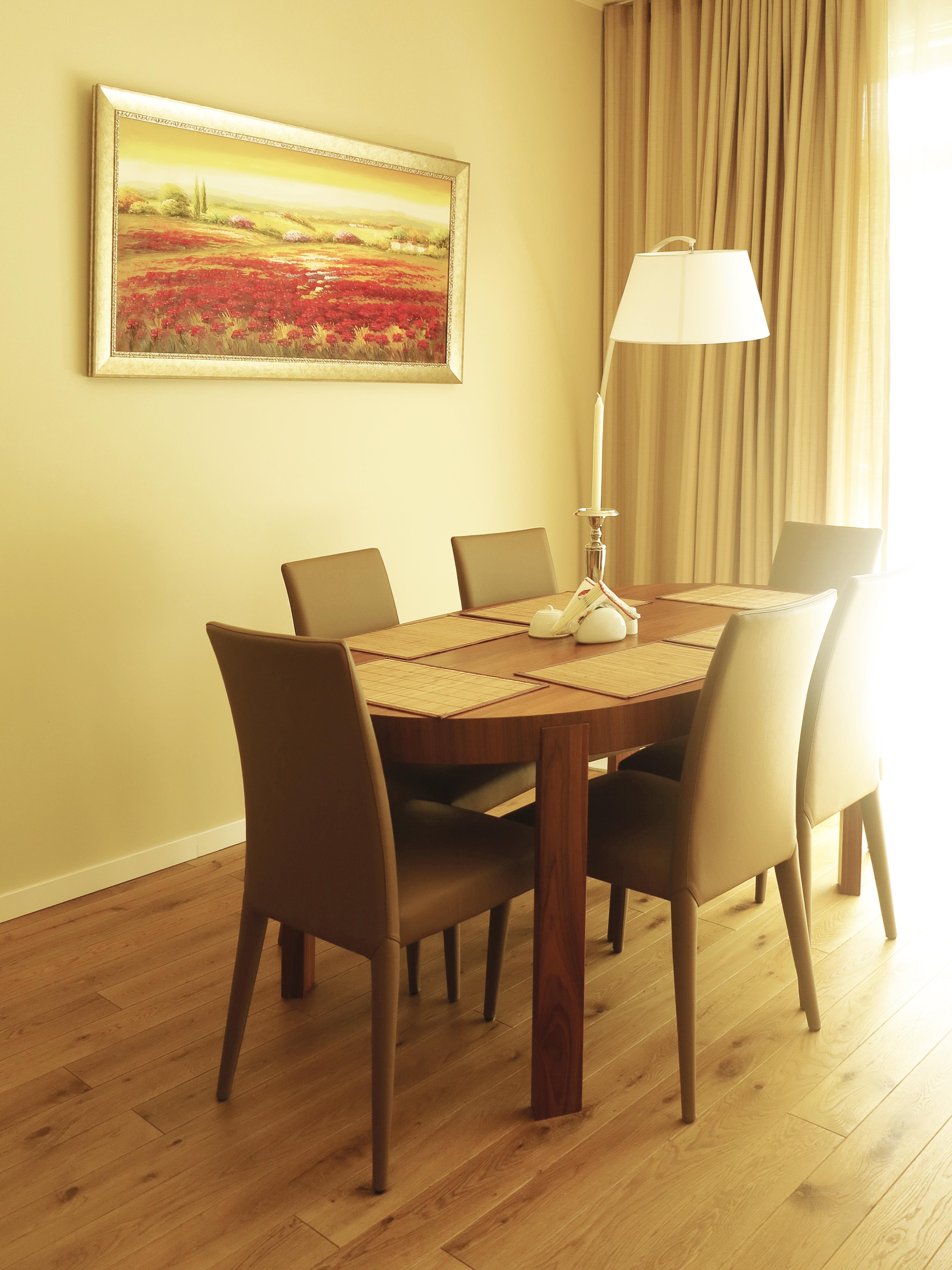 гостиная-кухня-столовая вид 7